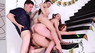 Rion joined BFFs Everly, Mia and Scarlet in the fun
