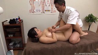 Serious XXX cam action with a curvy Japanese wife and her physician