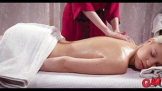 Not a normal massage, Yukki Amaey and Nikki Hill