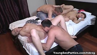 Sex party swinging