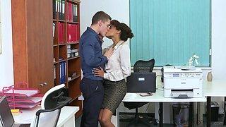Deep penetration sex for the hot secretary after she throats a little