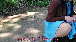 Walk in blue dress and piss in the park