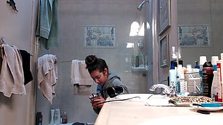 Hidden Cam, Nice Teen Is Getting Ready For Shower