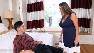 Fucking mom for the first time