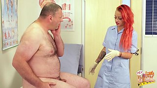 Chubby older dude gets his dick pleasured by naked Billie Rai