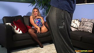 Massive CFNM play with a sexy blonde