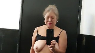 Mature bbw Latina woman toilet time – hairy pussy got very wet