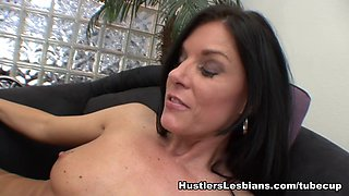 Chastity Lynn & India Summer in Mommy And Me #2