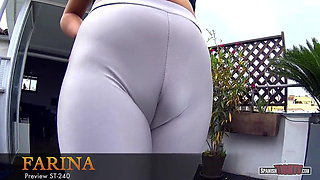 Giant cameltoe in your face!