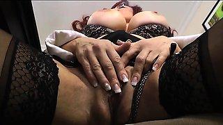 Sexy Vanessa Secretary Gets Off at Desk