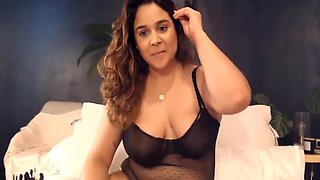 Seduction Is What Bodacious Colombian Lina Is All About