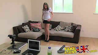 FakeAgentUK Sexy legs Brit chick goes to porn casting
