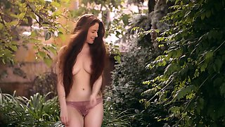 Amazing natural redhead posed naked