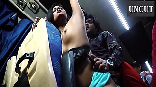 Love On Moving Bus Uncut Season 01 Episodes 04