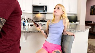 Teen cleaning house and sucking dick