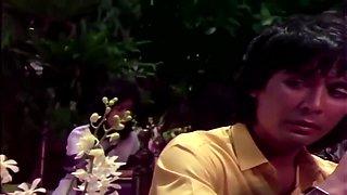semi Indonesia BUMI BULAT BUNDAR (SOFTCORE 1983)