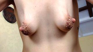amazing little saggy tits