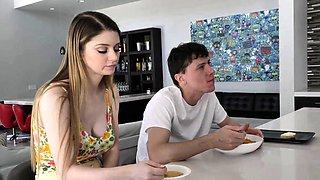 Teenage stepsibling gets creampied