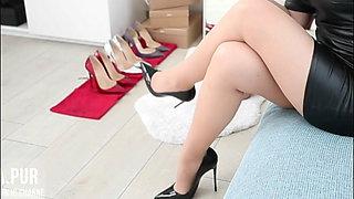 Vanessa in new heels