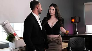 Big tits lady fuck her boss to get promotion