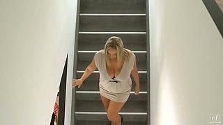 Astonishing busty MILFie sexpot Crystal Swift surprises stud with morning titjob
