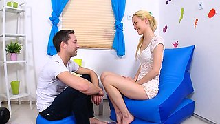 Bf assists with hymen physical and pounding of virgin kitten