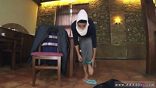 Arab virgin wedding first time Hungry Woman Gets Food and Fuck