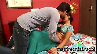 Bhabhi ke ghr gya Nasta kr ne or bhabhi ke sath romance kiya