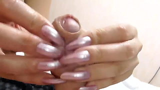 LONG NAILS MY MISTRESS INSERTION COCK AND MAKE ME CUM