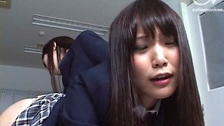 Japanese roommates have lesbian fun