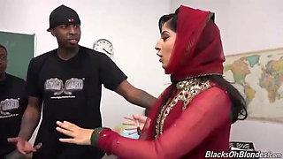 Nadia Ali – hot muslim teacher fucked by 4 black students