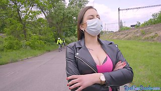 Real busty slut cuts facemask to give head outdoor