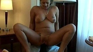 Mature size queen