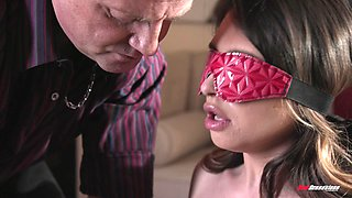 Blindfolded Quinn Wilde gets surprised with big monster dicks