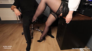 Secretary in stockings gives handjob to boss and gets cum on her feet