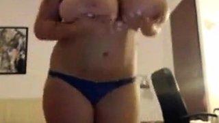 The big tits of Monique