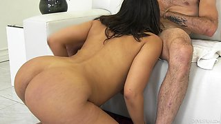Stacked Latina nympho Luna Star likes it when she's all wet and sloppy