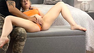 Virgin Olesya Kisbeka patiently waits to suck a cock