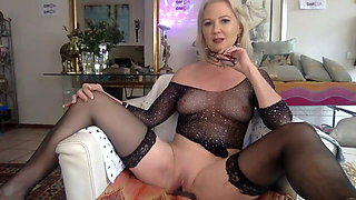 very hot granny I like to fuck in stockings gets cum in her mouth