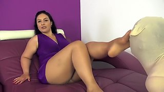 The smell of My day-old sweaty nylons Preview