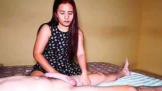 Blowjob from amateur Thai massage cutie