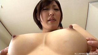 Gorgeous Japanese babe with perfect boobs drops on her knees to blow