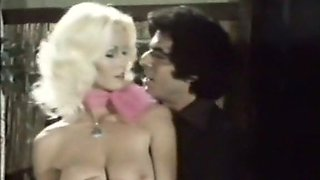 Mesmerizing classic blonde babe with big natural breasts is addicted to sex