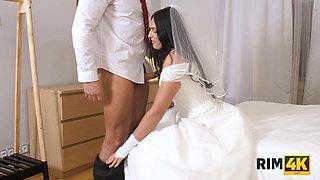 RIM4K. Girl eats her fiances butt right before walking down