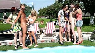 Pool CFNM orgy