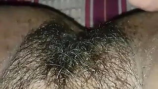 Mouth in Hairy pussy