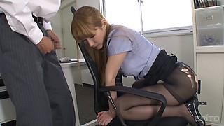Tearing up her black pantyhose while fucking the secretary