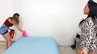 Adriana Licks Body Of Girl