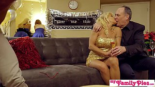 my family pies - brother & sis threeway into new year s1:e3