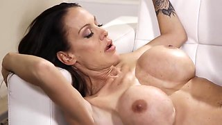 Tight Cougar With Huge Boobs Porn Video